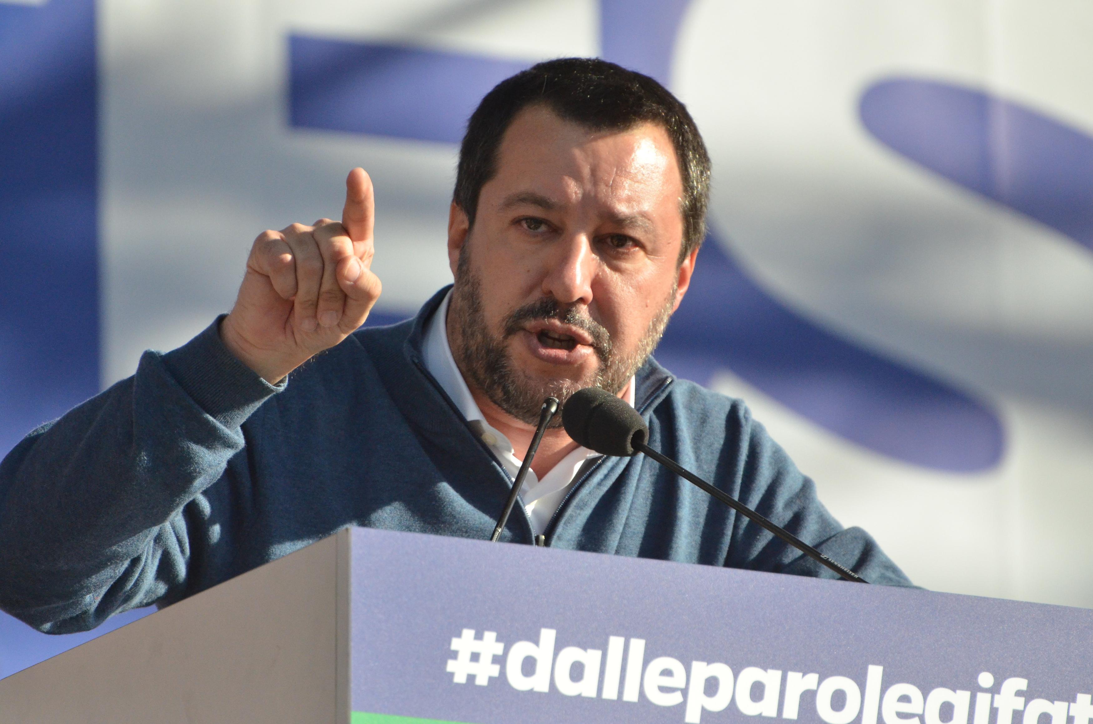 REFERENDUM SULLA TAV - Salvini favorevole: