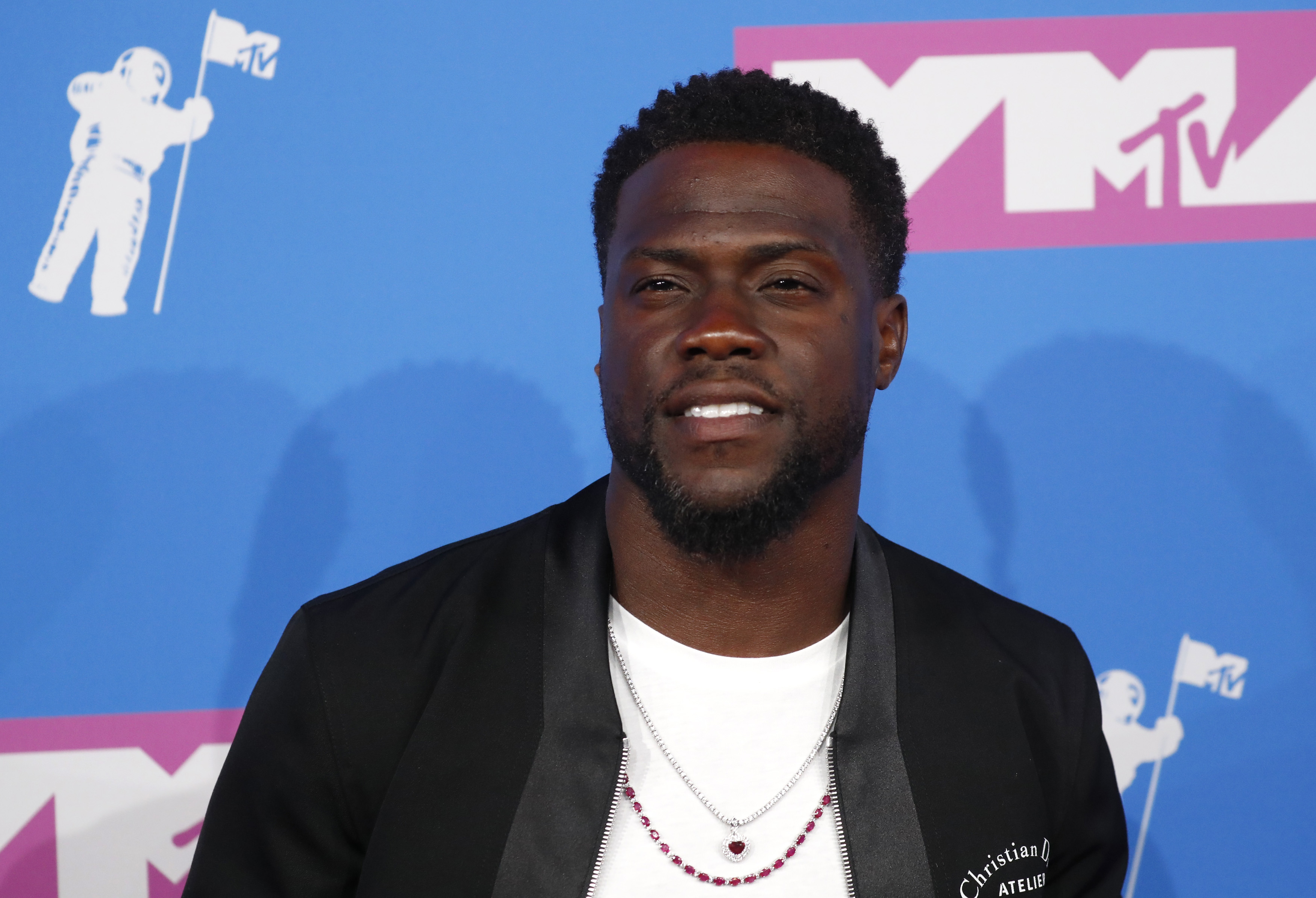 Kevin Hart arrives at the 2018 MTV Video Music Awards at Radio City Music Hall in New York City on August 20, 2018. (Photo: REUTERS/Andrew Kelly)