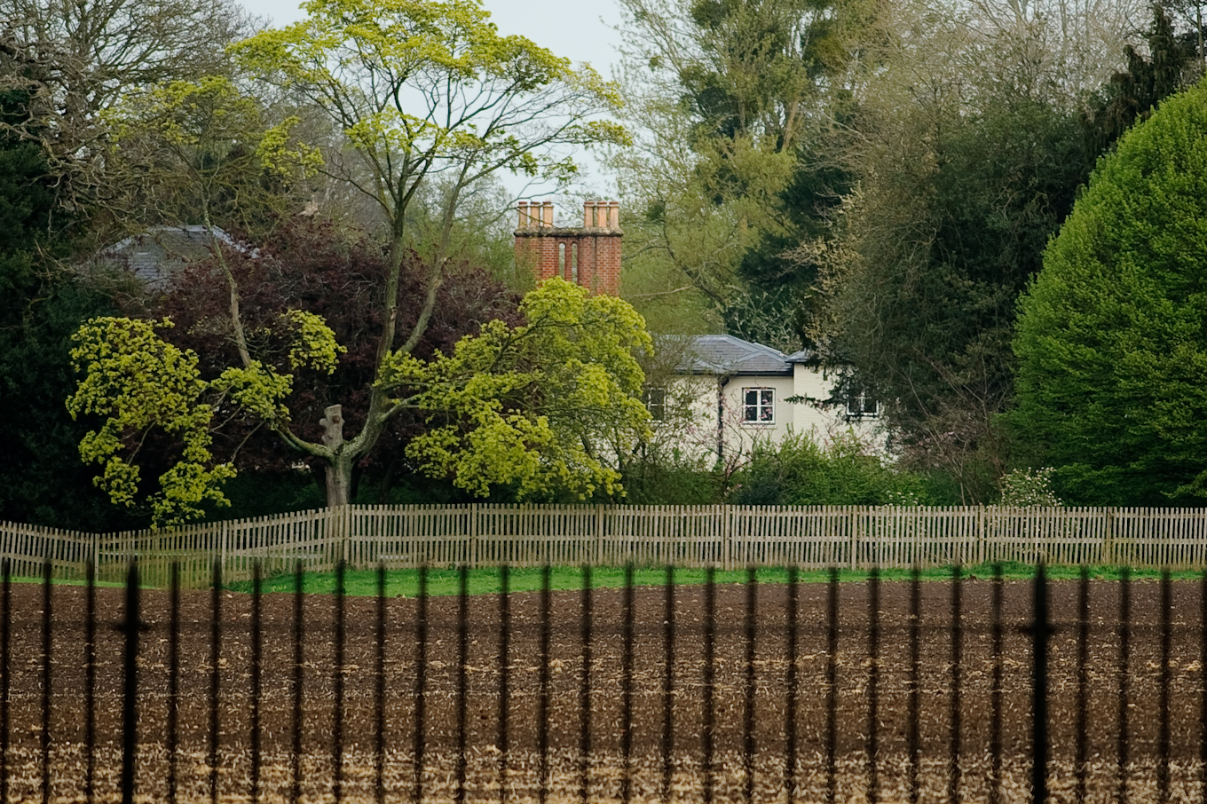 WINDSOR, ENGLAND - APRIL 10: A general view of Frogmore Cottage at Frogmore Cottage on April 10, 2019 in Windsor, England. The cottage is situated on the Frogmore Estate, itself part of Home Park, Windsor, in Berkshire. It is the new home of Prince Harry, Duke of Sussex and Meghan, Duchess of Sussex. (Photo by GOR/Getty Images)