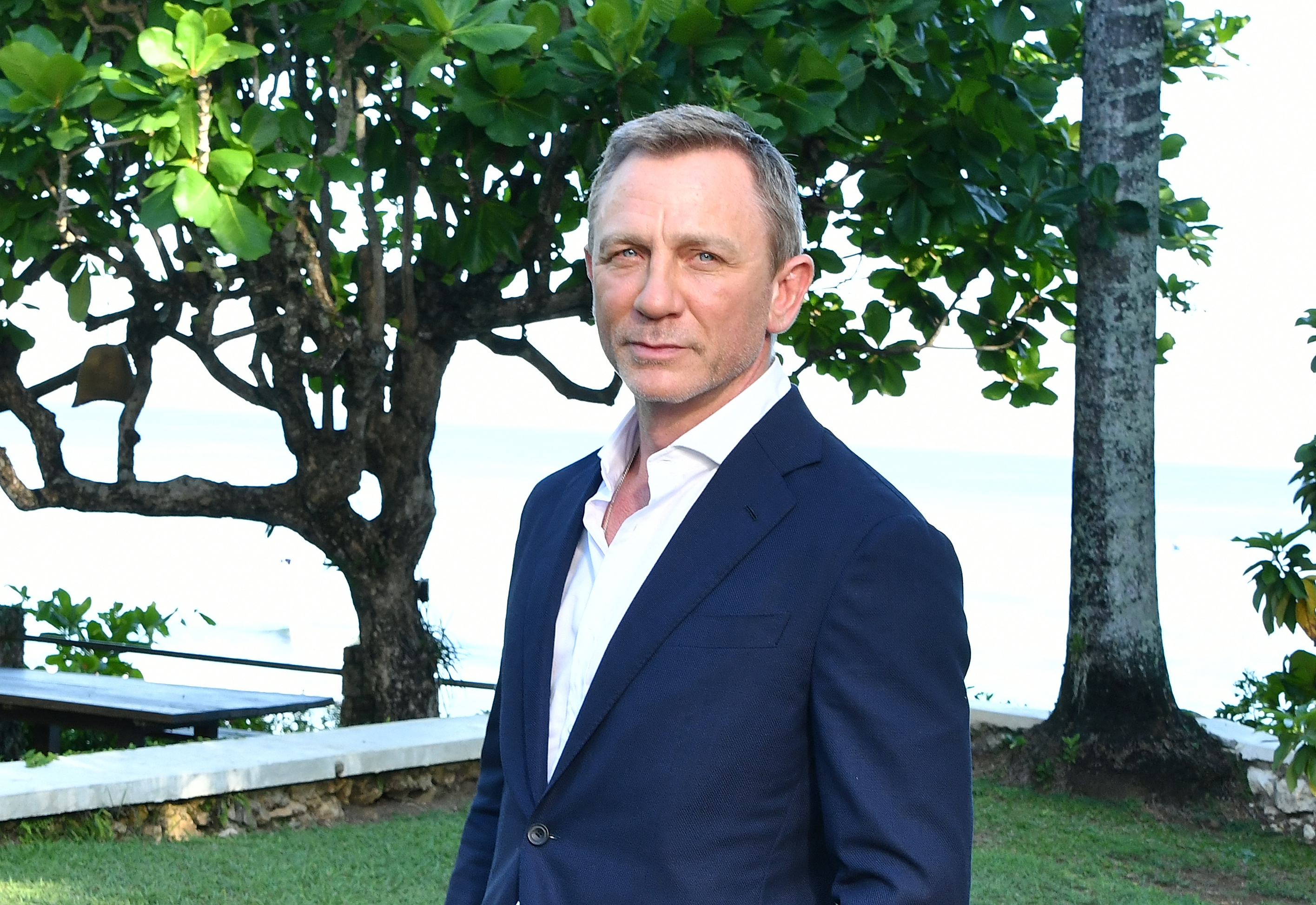 "MONTEGO BAY, JAMAICA - APRIL 25: Actor Daniel Craig attends the ""Bond 25"" film launch at Ian Fleming's Home ÒGoldenEye"" on April 25, 2019 in Montego Bay, Jamaica. (Photo by Slaven Vlasic/Getty Images for Metro Goldwyn Mayer Pictures)"