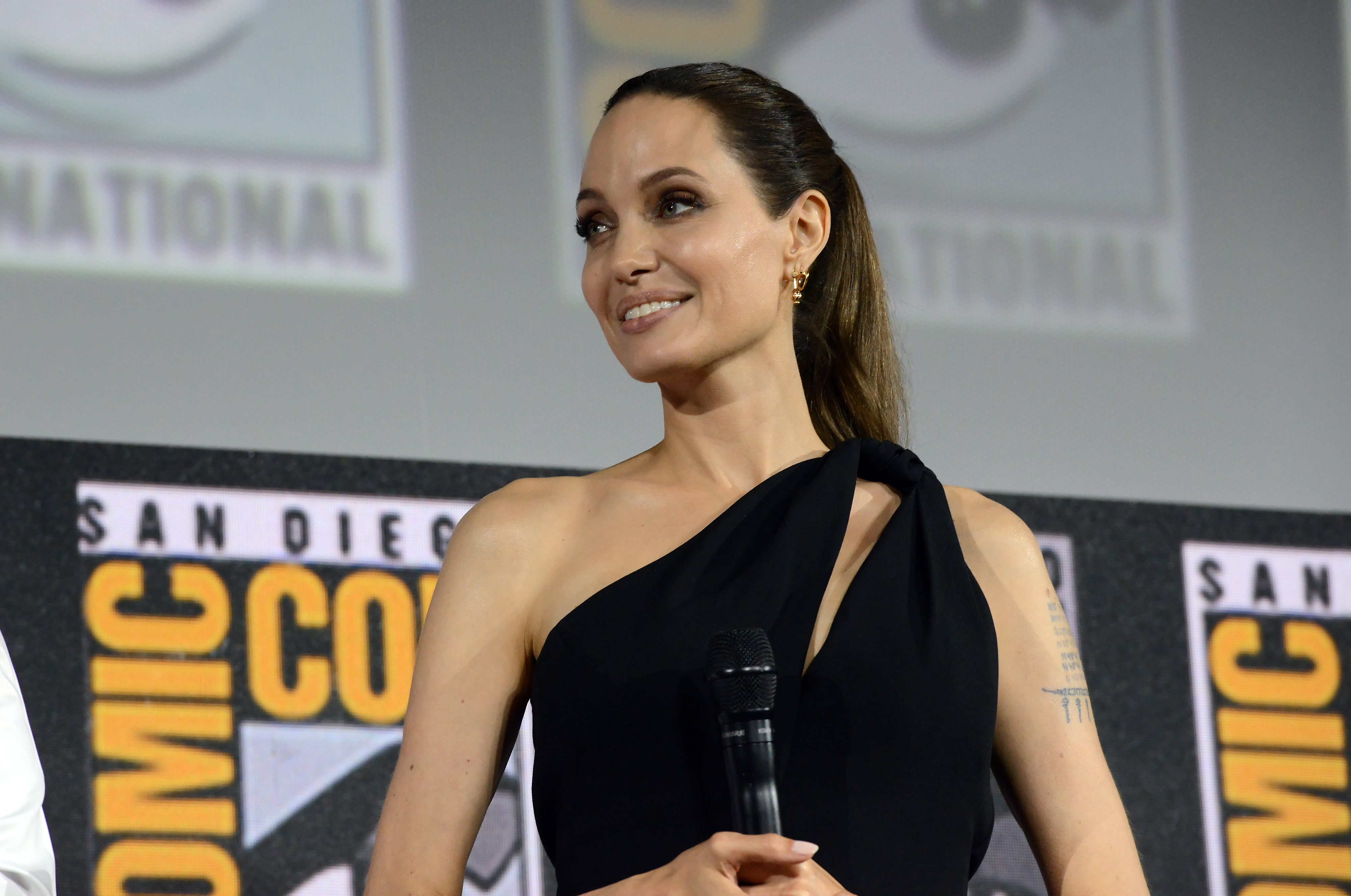 SAN DIEGO, CALIFORNIA - JULY 20: Angelina Jolie speaks at the Marvel Studios Panel during 2019 Comic-Con International at San Diego Convention Center on July 20, 2019 in San Diego, California. (Photo by Albert L. Ortega/Getty Images)