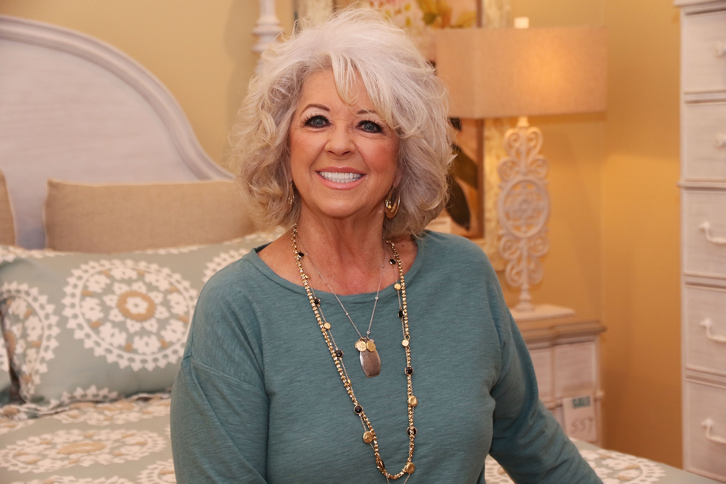 BOCA RATON, FL - JANUARY 30:  Paula Deen signs copies of her book during Cuts the Fat Book Tour on January 30, 2016 in Boca Raton, Florida.  (Photo by Aaron Davidson/Getty Images)