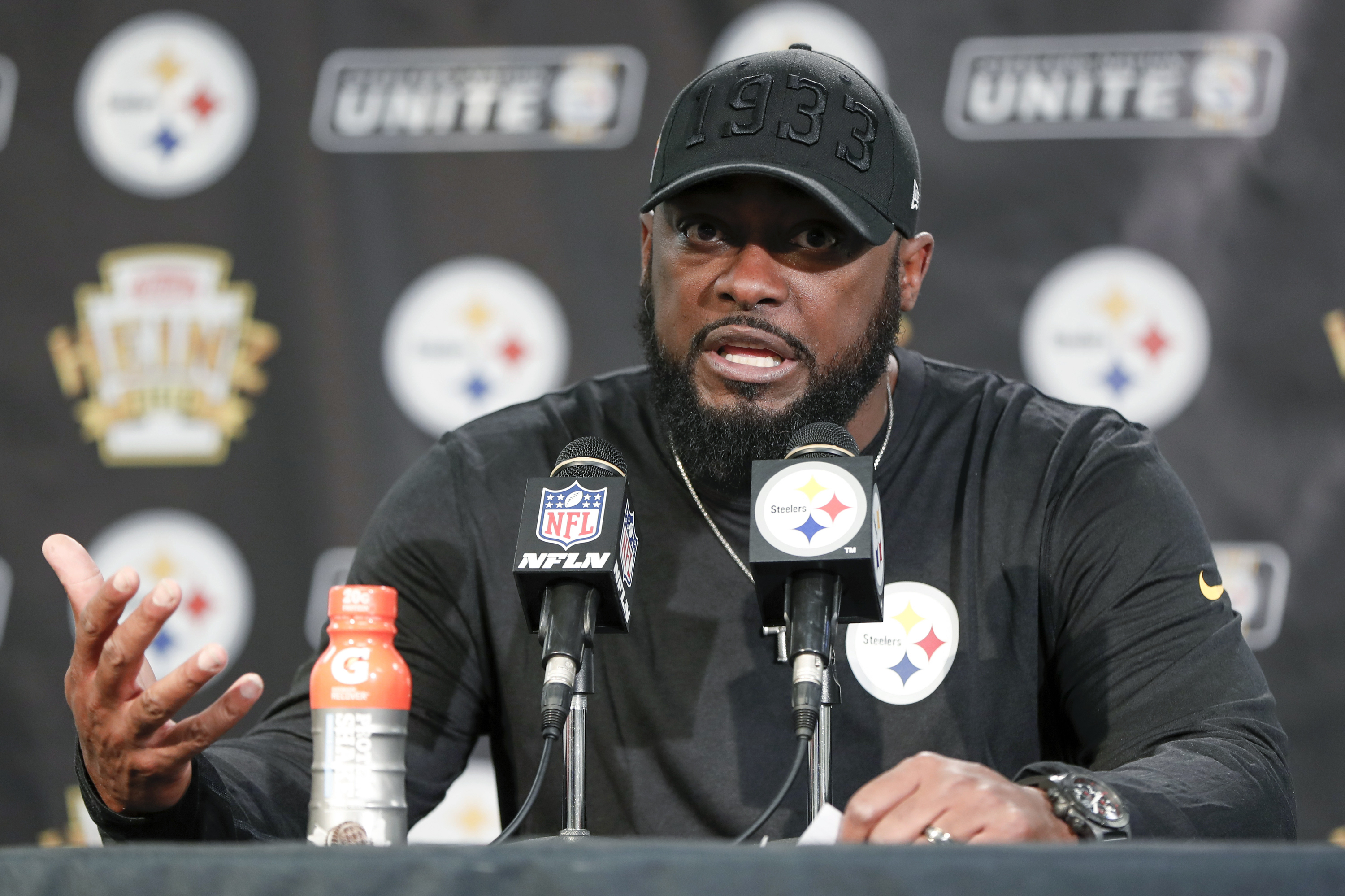 Mike Tomlin Comments On Steelers Browns Fight I Don T Know