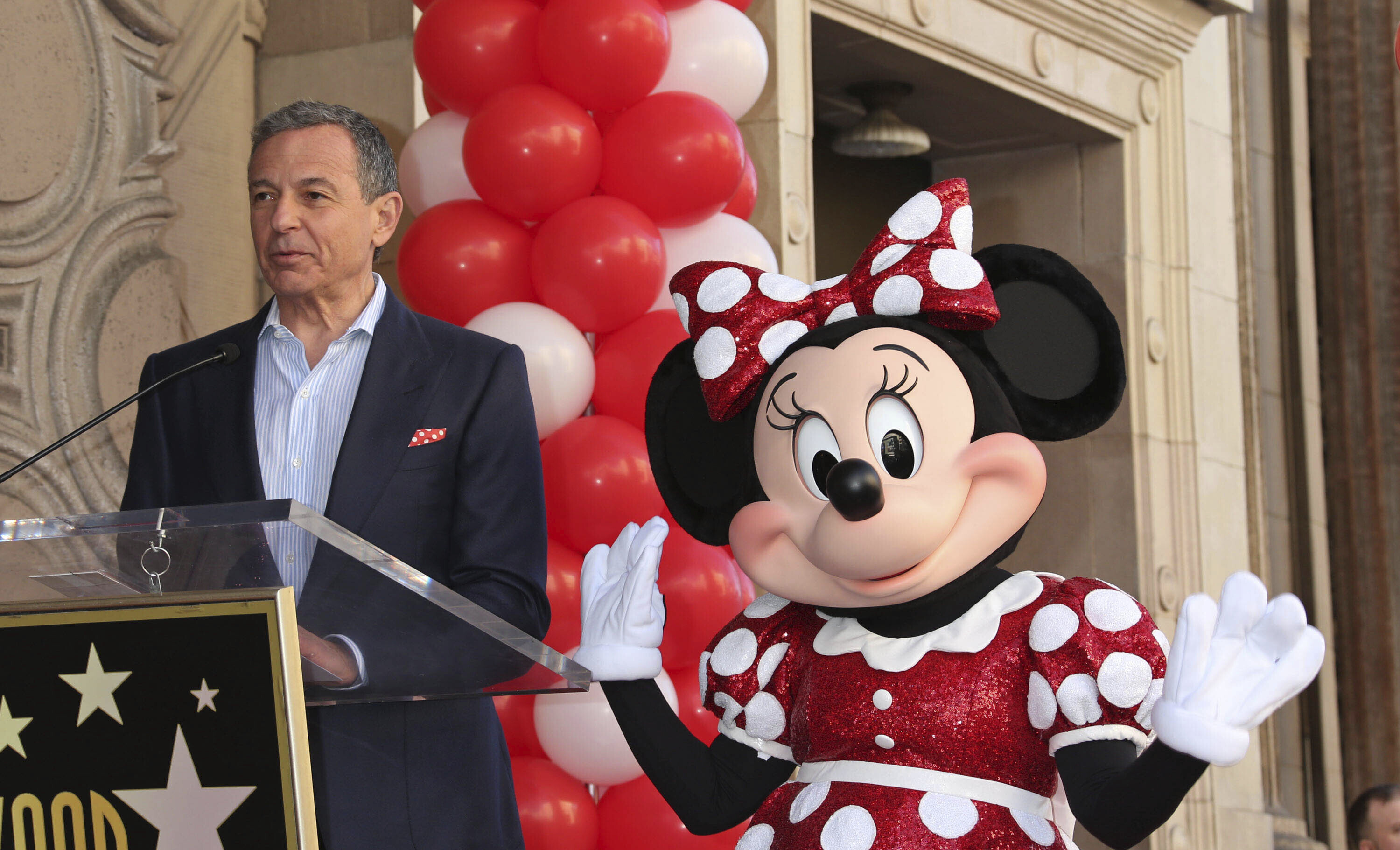 Photo by: RE/Westcom/STAR MAX/IPx 2020 2/25/20 Bob Iger will step down as Disney CEO, effective immediately. STAR MAX File Photo: 1/22/18 Bob Iger at a star ceremony for the 90th Anniversary of Minnie Mouse on The Hollywood Walk Of Fame in Hollywood, CA.