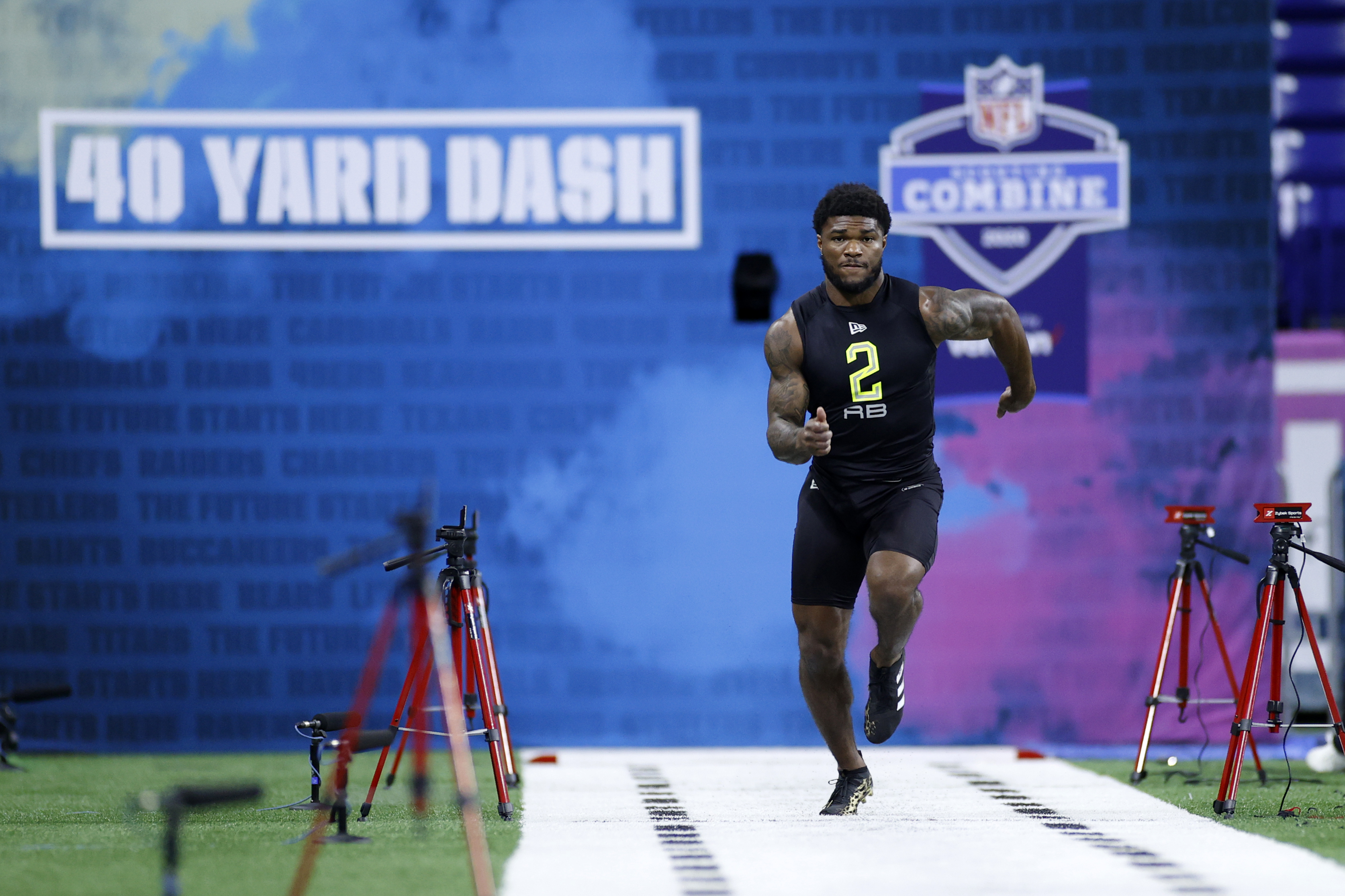 Florida State RB Cam Akers runs the 40-yard dash during the NFL Combine at Lucas Oil Stadium in Indianapolis. (Photo by Joe Robbins/Getty Images)