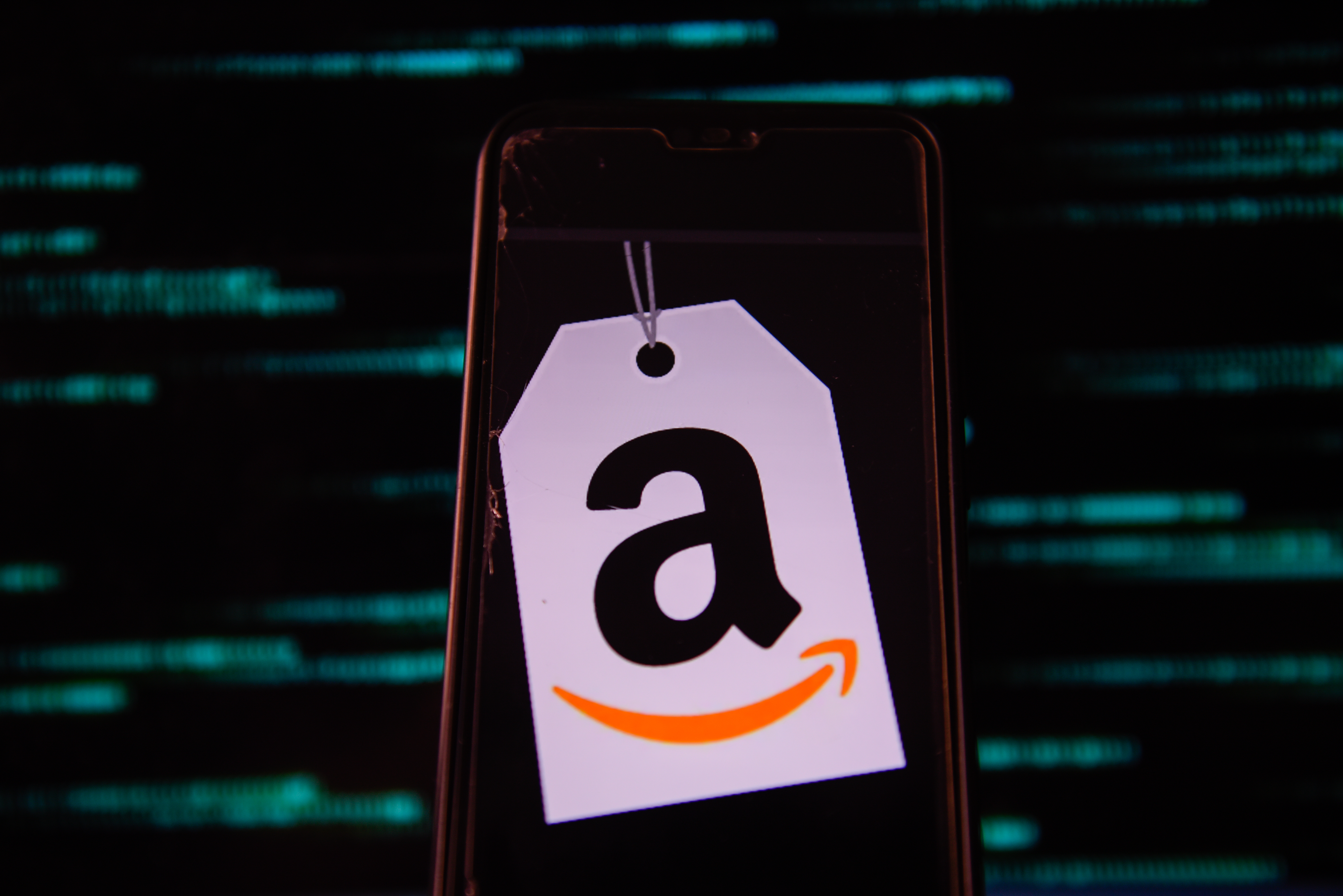 POLAND - 2020/07/15: In this photo illustration an Amazon logo is seen displayed on a smartphone. (Photo Illustration by Omar Marques/SOPA Images/LightRocket via Getty Images)