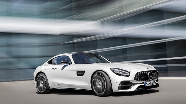 Mercedes-AMG GT updated with more tech and new looks