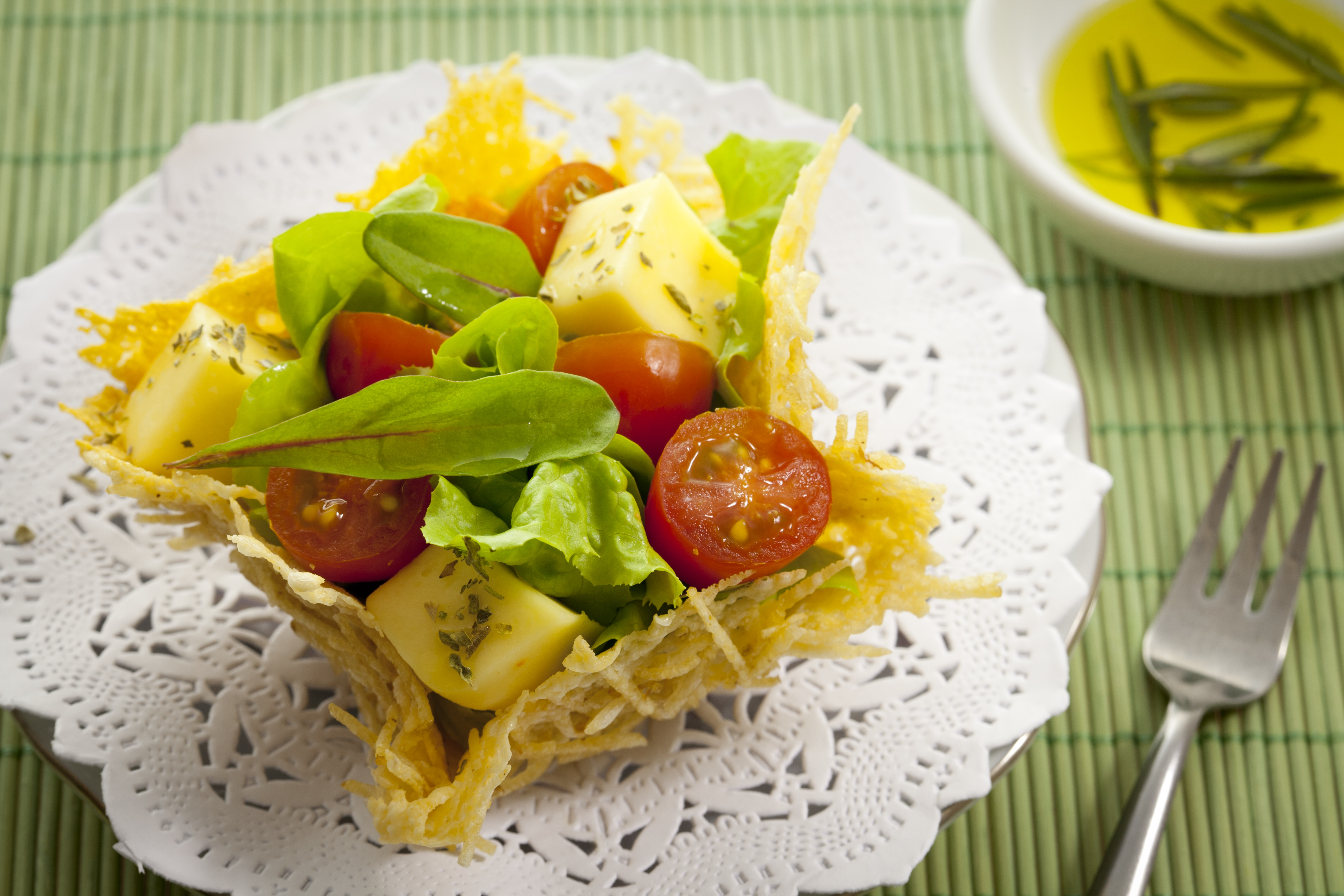 7 pratos criativos para quem ama colocar batata palha em tudo