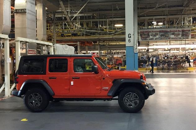 ジープ「ラングラー」製造工場の内部を、写真と動画でご案内!