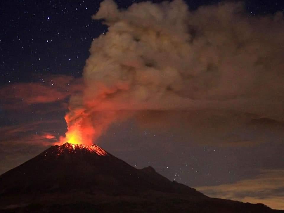 EN FOTOS: Así se vio a color la erupción del