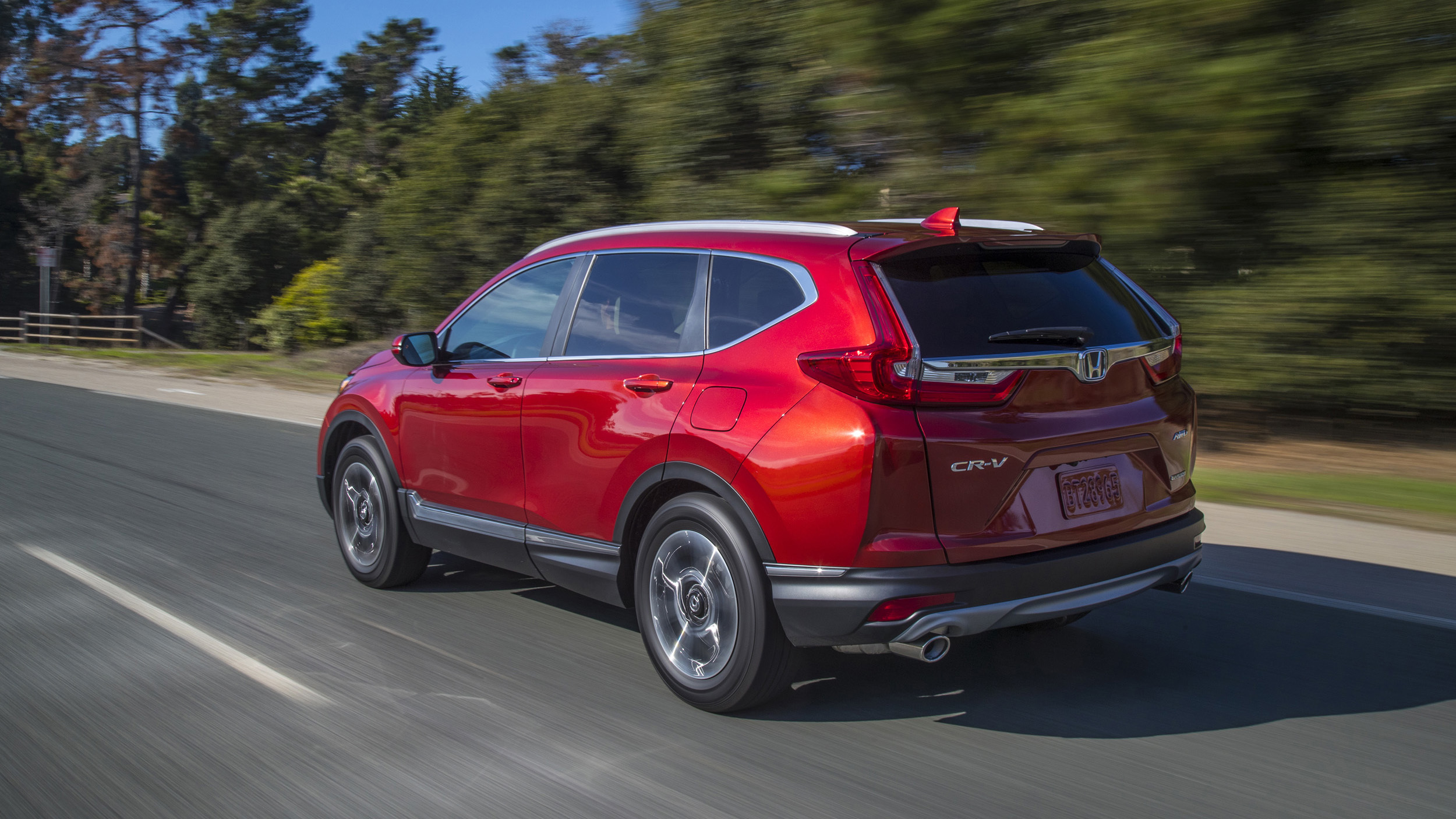2019 Honda CR-V Reviews | Price, specs, features and photos