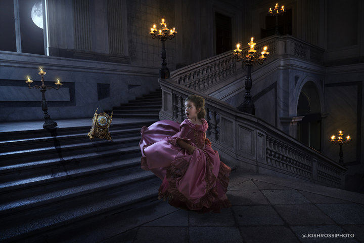 """Deux des visuels imaginés par Josh Rossi pour sa fille à l'occasion de la sortie de """"Wonder Woman""""..."""