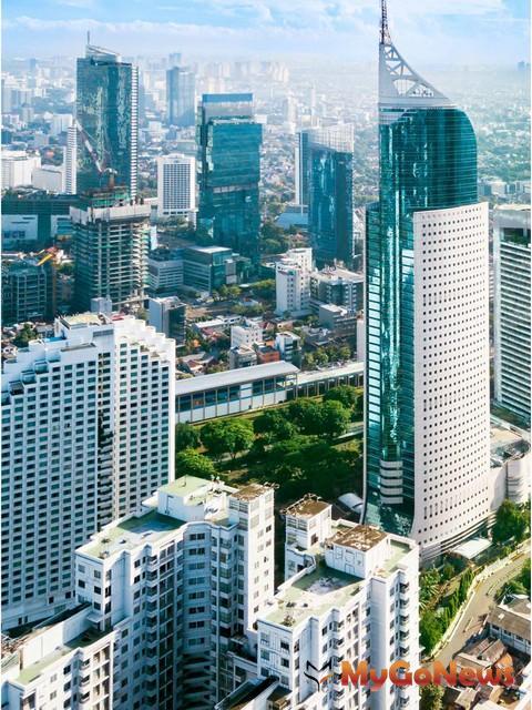 ▲印尼首都雅加達商辦總量體為超過293萬坪,目前整體空置率約18.1%,平均收益率可達6-7%(圖:高力國際)