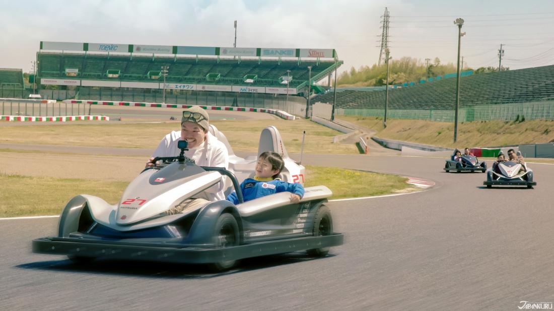 大人小孩都有一個賽車手夢