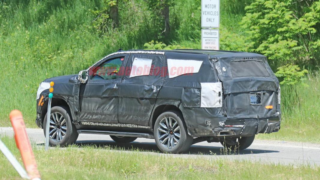 圖 / 畢竟這輛車屬於原型車階段,裡頭裝置或配件都可能再做調整,但可以確定的,就是新一代 Cadillac Escalade設計肯定會與過往Escalade完全不同。