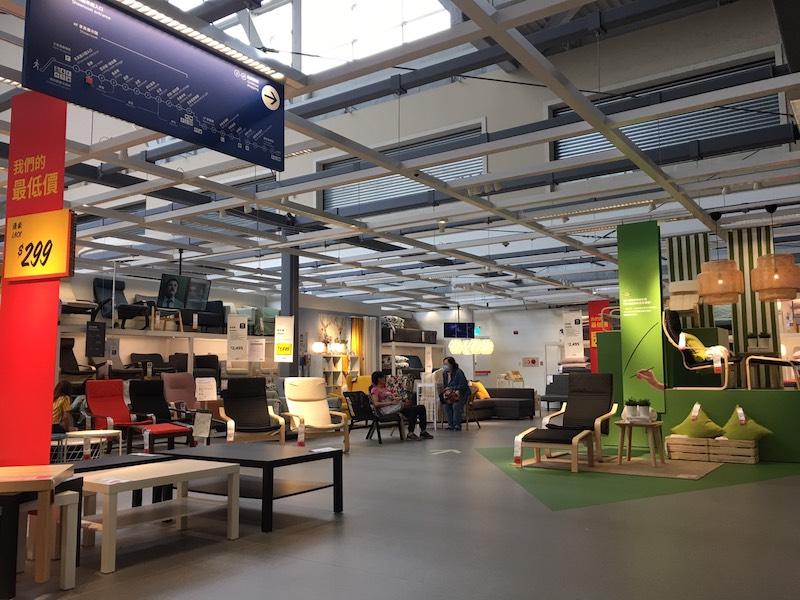 ▲近期捷運小碧潭站共構商場IKEA開幕,除家具、居家用品外,還有河景餐廳、咖啡廳及兒童遊戲區。