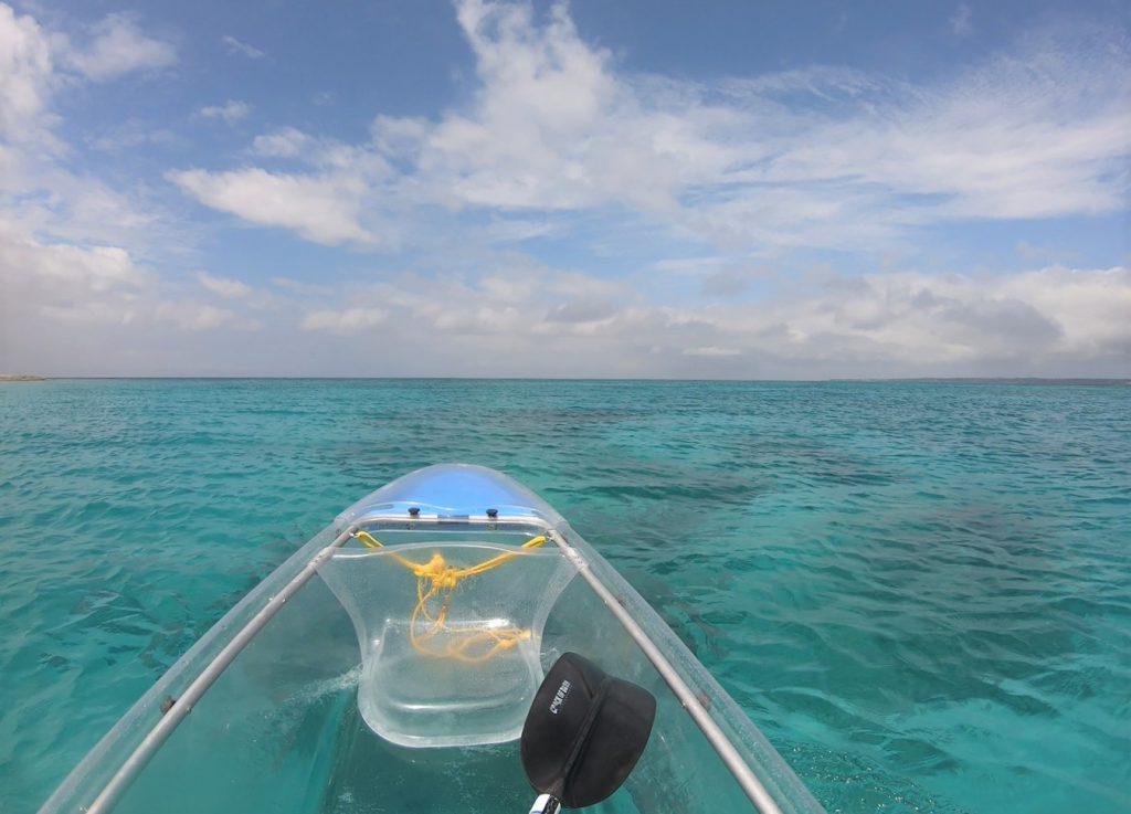 ▲透明獨木舟體驗地點-日本沖繩水納島。(圖/Tripbaa趣吧!亞洲自由行專家)