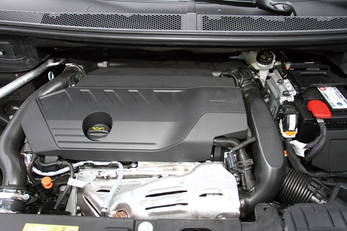 1.6L渦輪增壓引擎,最大馬力達180hp、最大扭力達25.5kgm。 版權所有/汽車視界