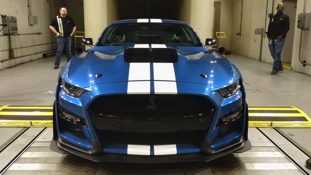 圖 / 日前官方宣布有「眼鏡蛇」稱號的2020 Ford Mustang Shelby GT500將採用更棒的引擎,且會超過對手們一個檔次。