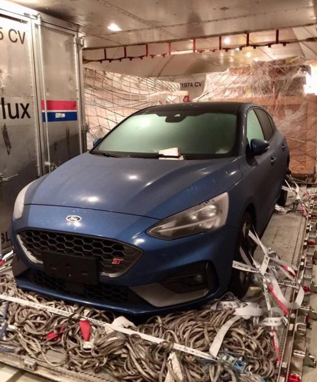雖然國外還有柴油、6 速手排版本,不過台灣會以 2.3 升汽油引擎+7 速手自排變速箱為主,且 Co-Pilot 360 安全系統與主動式懸吊都會納入。〈圖片來源:擷取自 PPT 汽車板。〉