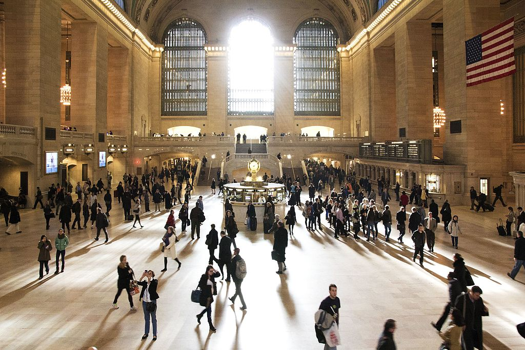 (Photo by TomasEE, License: CC BY 3.0, 圖片來源commons.wikimedia.org/wiki/File:Grand_Central_Terminal_-_panoramio_(4).jpg)