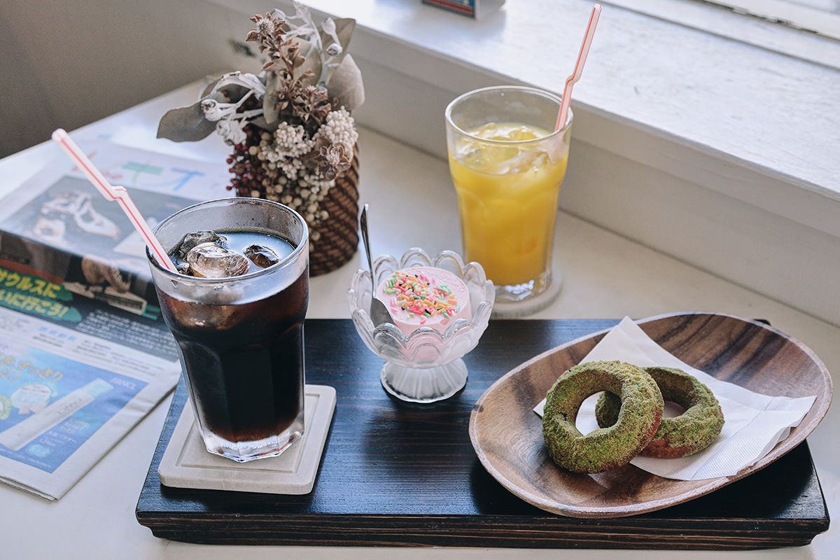 THEATER DONUT CAFE OKINAWA