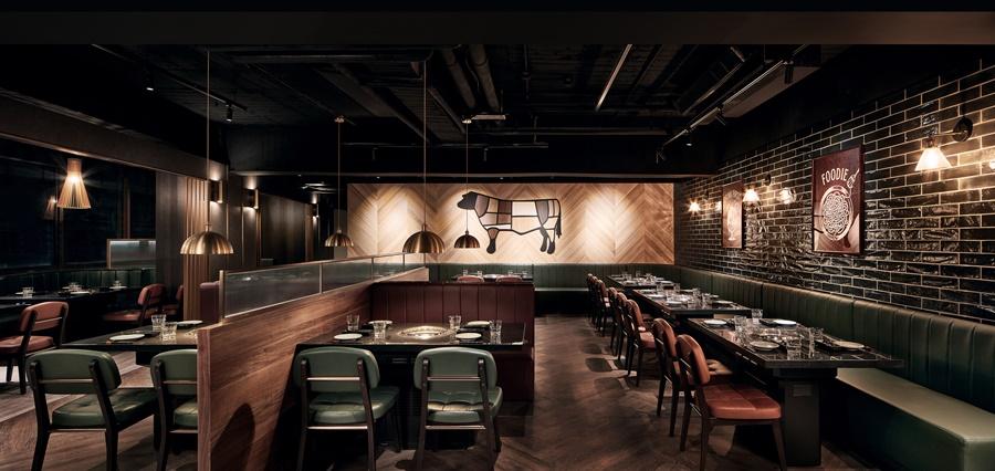 Buckskin柏克金燒肉屋設計裝潢融合日式及歐風的元素。圖片提供/Buckskin柏克金餐酒集團