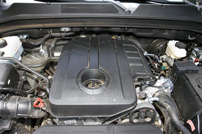搭載2.2升直列四缸柴油渦輪增壓引擎,最大動力達181hp/42.8kgm。 版權所有/汽車視界
