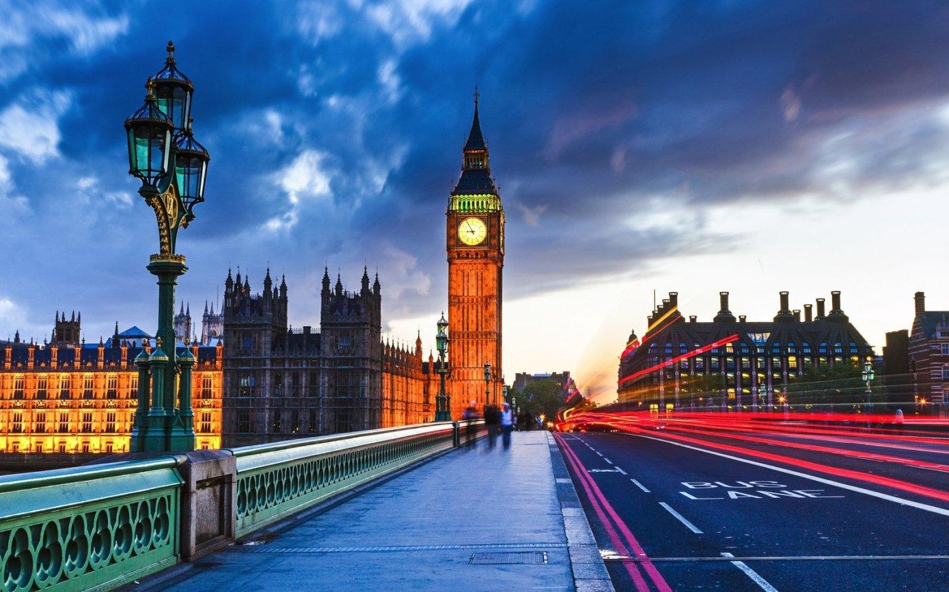 倫敦航線有超多的Qsuite航班,不怕搭不到!