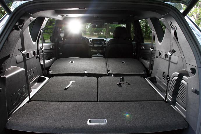 後車廂收納空間可以達1806公升的超大容量。 版權所有/汽車視界