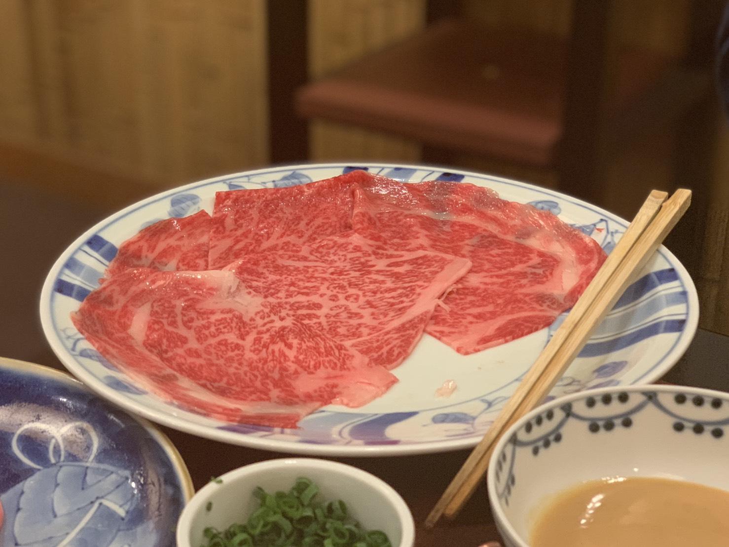 說到淺草的壽喜燒店,幾乎大家都會提及淺草今半。