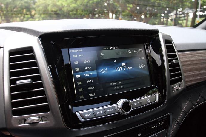 搭載8吋觸控螢幕,具備可觸控的多項功能整合系統。 版權所有/汽車視界
