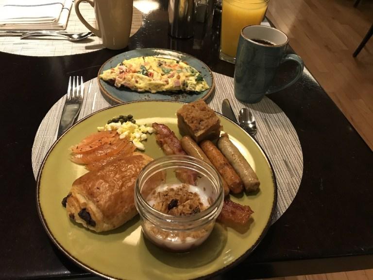 除了自助餐也有蛋類料理區,也可以點歐姆蛋 (Omelet)