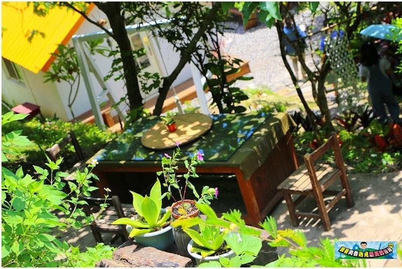 ▲另一桌好適合泡壺茶來喝喝哩,很建議可以到山度空間消費一下唷。