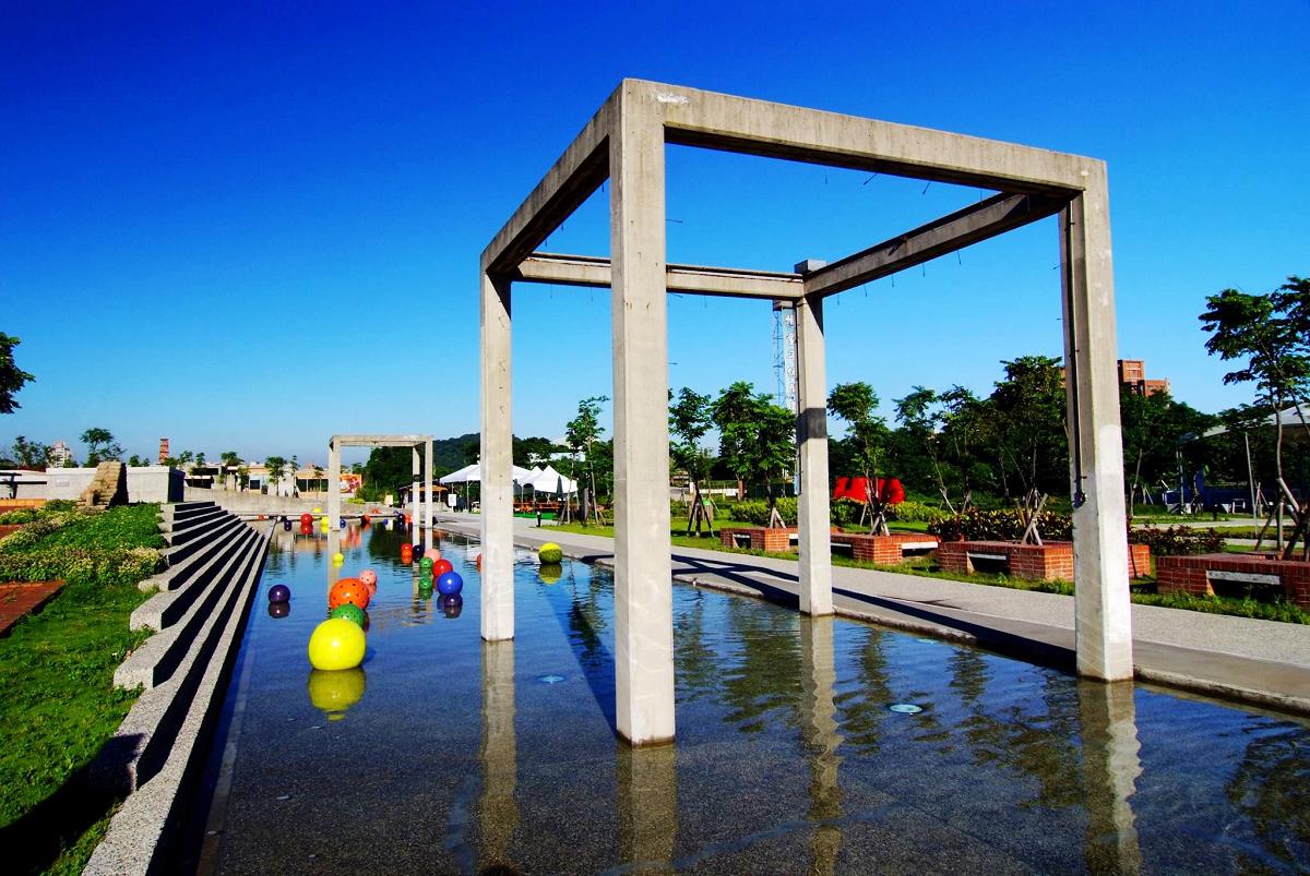 水廣場戲水區清涼開放 (圖片來源:鶯歌陶瓷博物館FB)