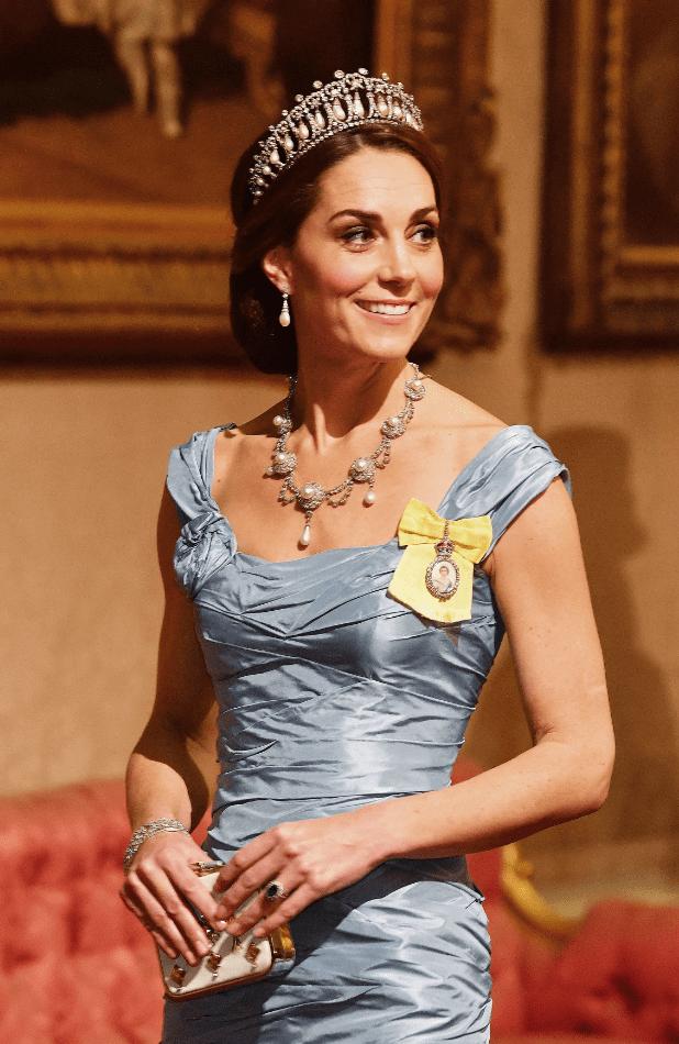 穿衣向來不失手!凱特王妃絕美致勝接待外賓國宴的禮服是這個品牌