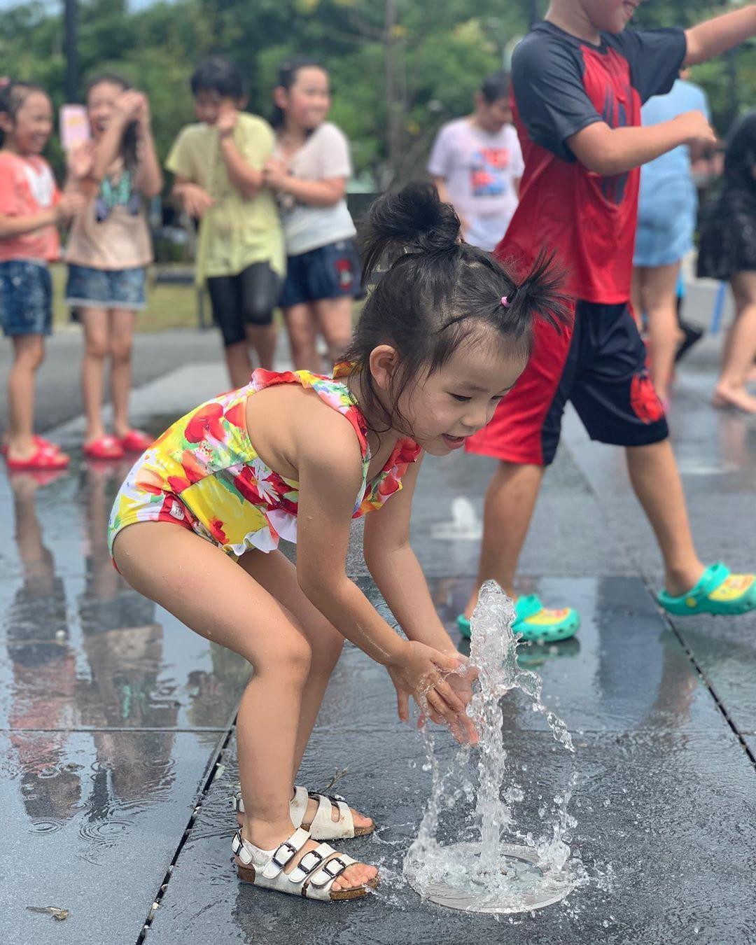 噴水池戲水區,為炎炎夏日帶來涼爽~
