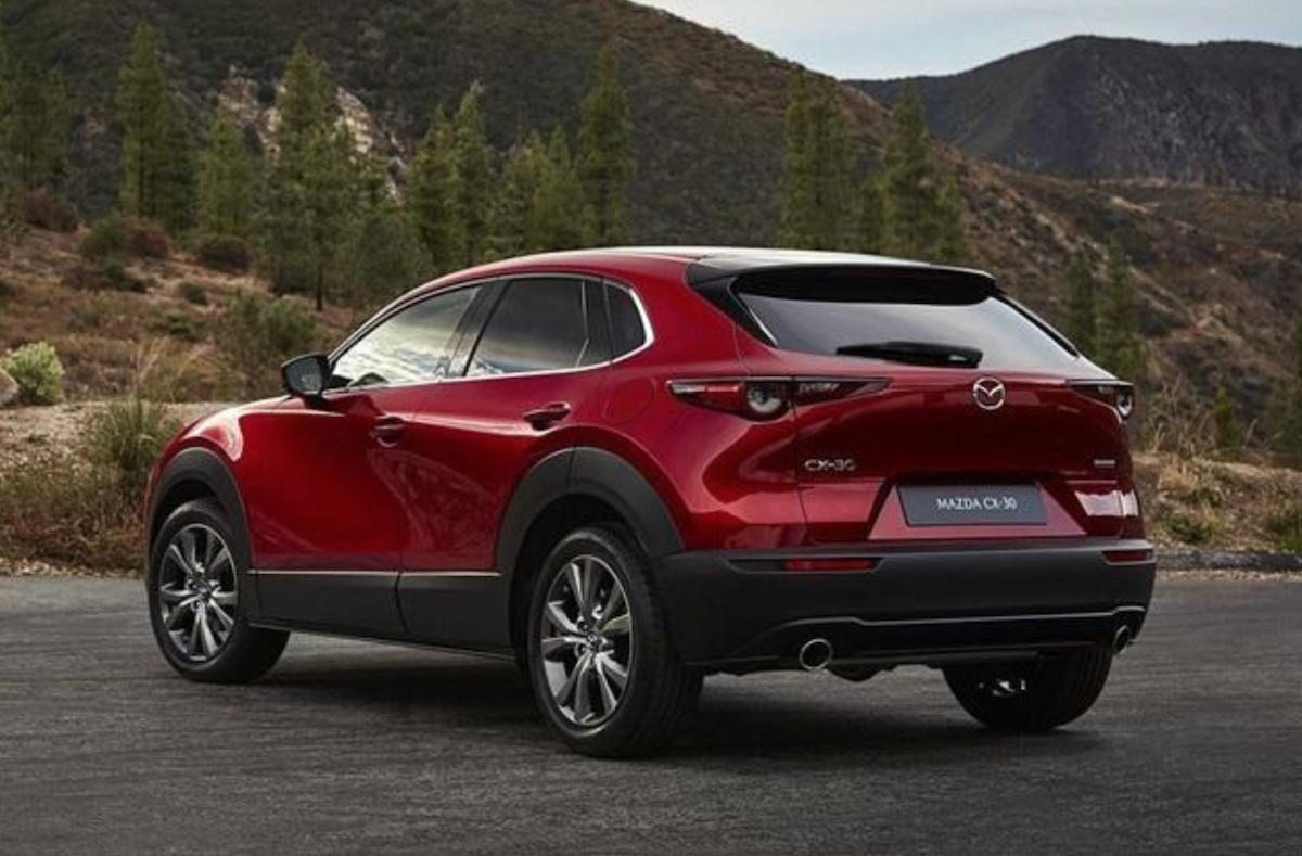 依照台灣原廠目前戰略佈局,2.0 升 NA 引擎導入機率較大,這也是目前新 Mazda 3 動力來源。
