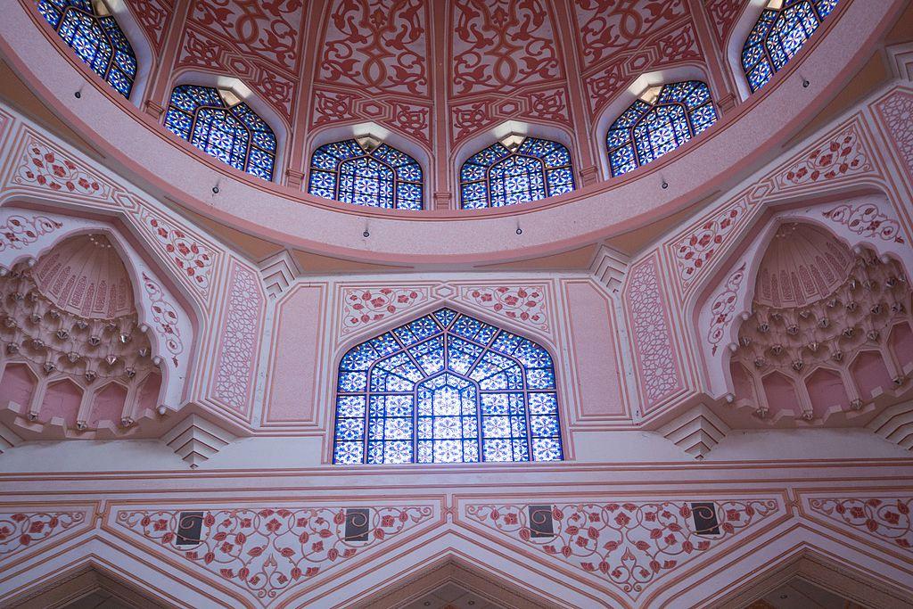 布特拉清真寺 (Photo by Thomas Quine, License: CC BY 2.0, 圖片來源www.flickr.com/photos/quinet/26798069802)