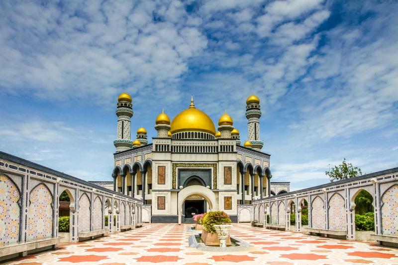 圖/傑米清真寺圓頂以24K純金打造,金碧輝煌