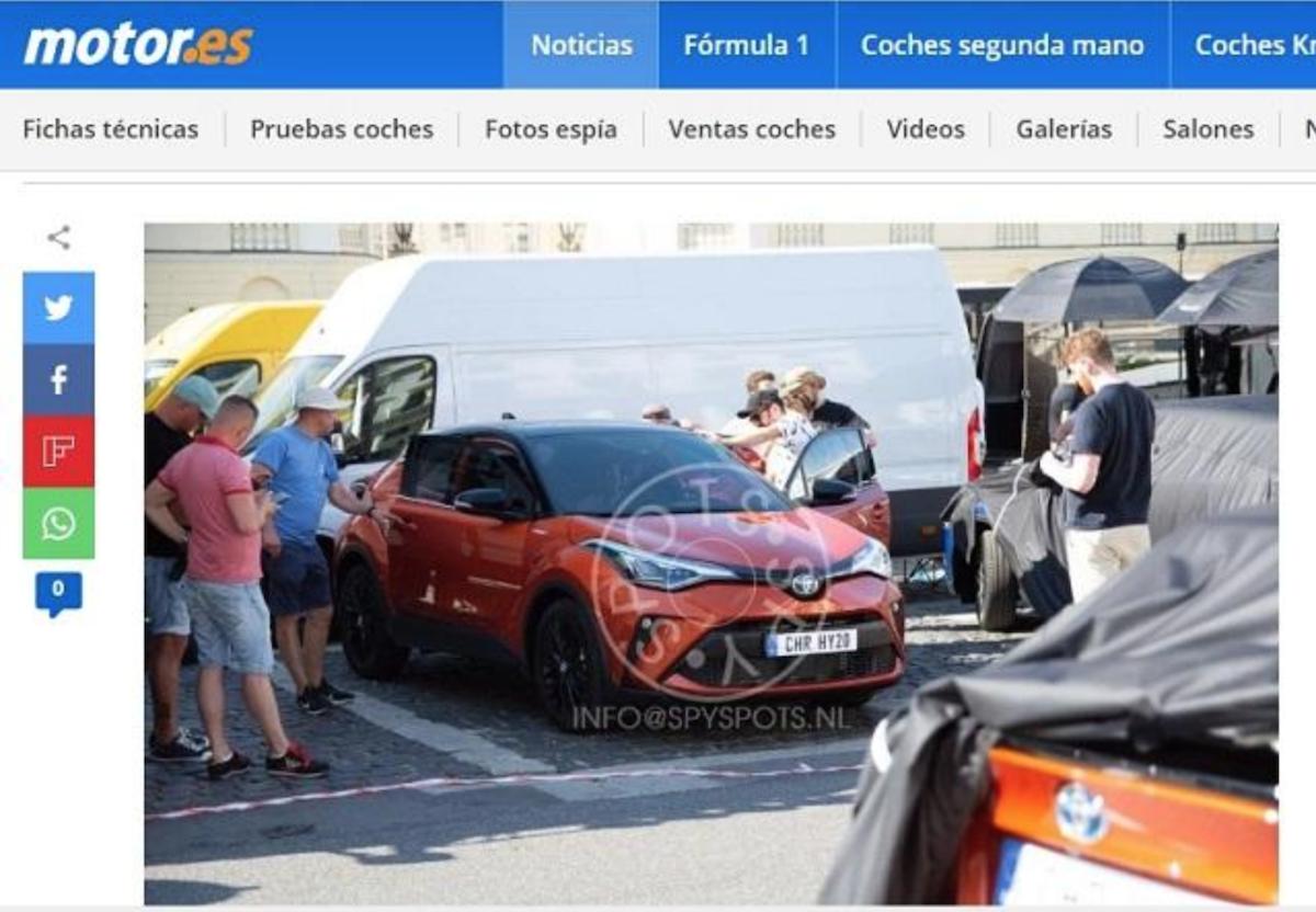 小改款 Toyota C-HR 終於現身,車頭造型看似沒任何變化。(圖片來自外媒《Motor.es》。)