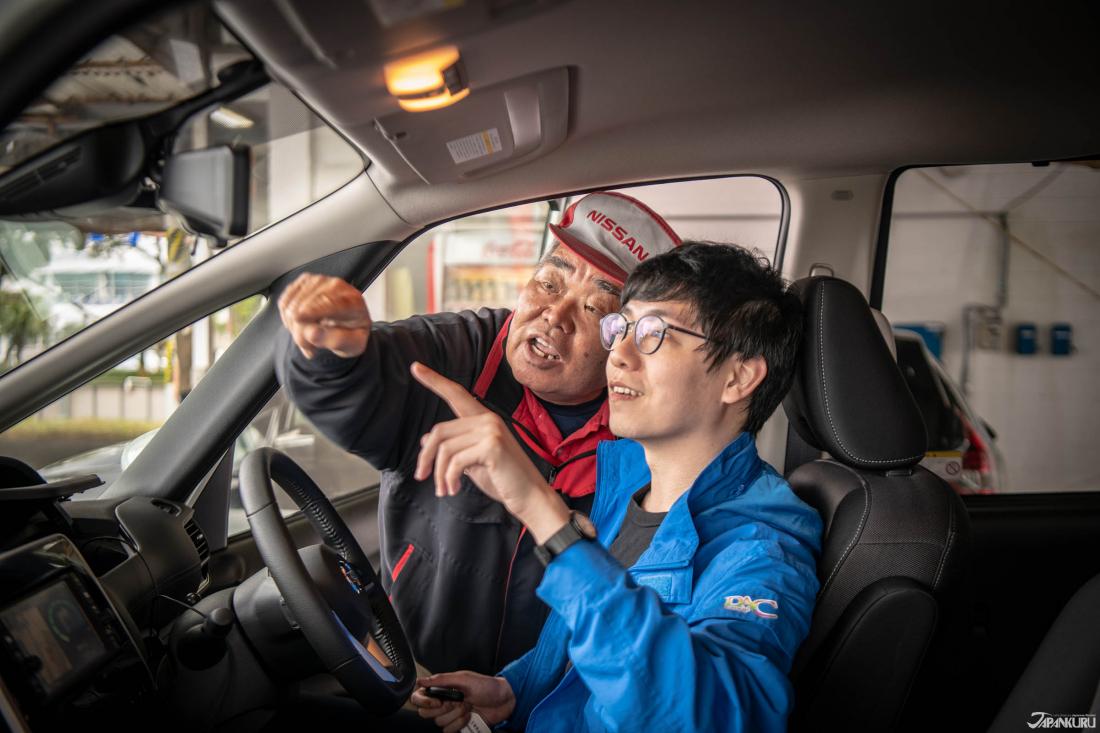 租車時,工作人員會帶你操作一次ETC卡,並說明關於車輛操作的一切,所以大家不用太擔心,在日本自駕絕對沒有想像中那麼困難。