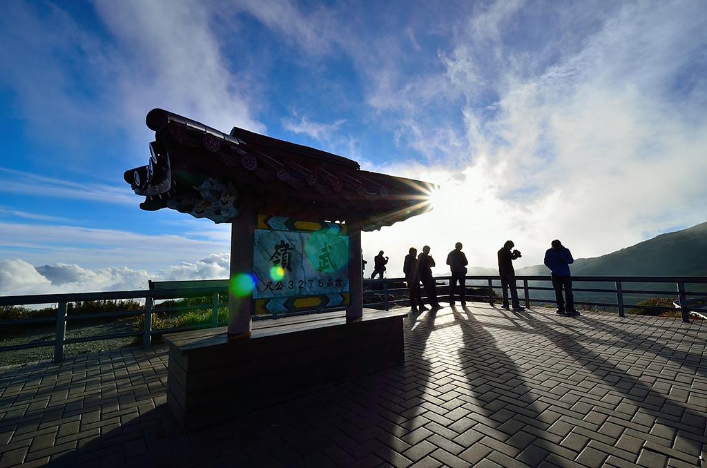 6658A路線停靠武嶺,海拔高達3275公尺,視野相當良好。(圖/觀光局)