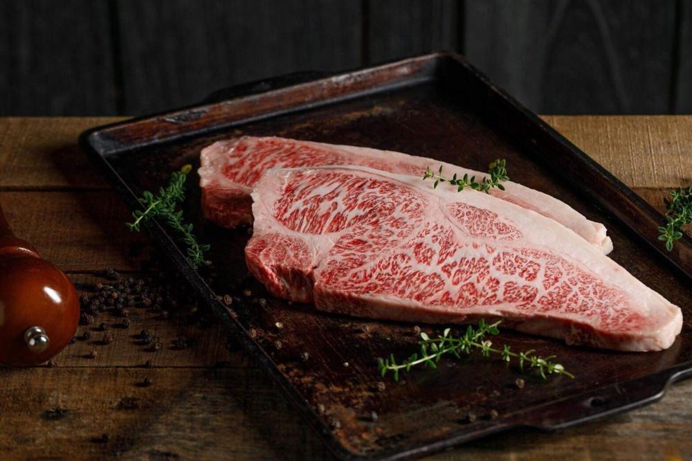 八和供應油花完美的美味和牛肉