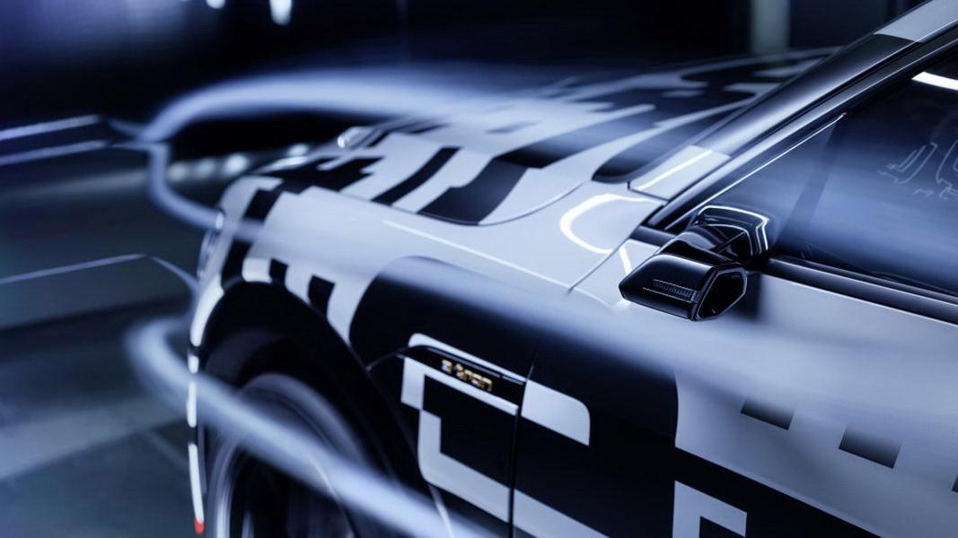 圖/Audi E-Tron導入「Audi Virtual Mirror」虛擬後視鏡,駕駛可藉由車門兩側的7吋OLED高解析度螢幕了解車外狀況。