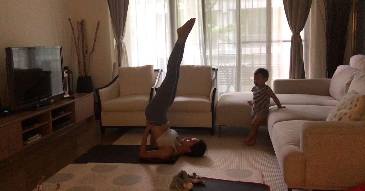 瑜珈動作可以緊實雕塑線條
