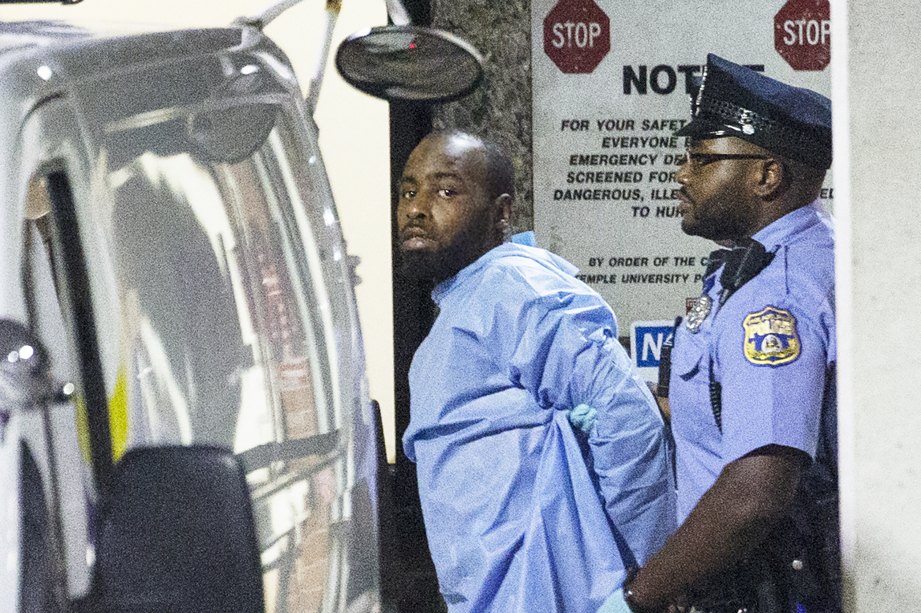 Police take shooting suspect, Maurice Hill, into custody after an hourslong standoff with police, that wounded several police officers, in Philadelphia early Thursday, Aug. 15, 2019. (Photo: Elizabeth Robertson/The Philadelphia Inquirer via AP)