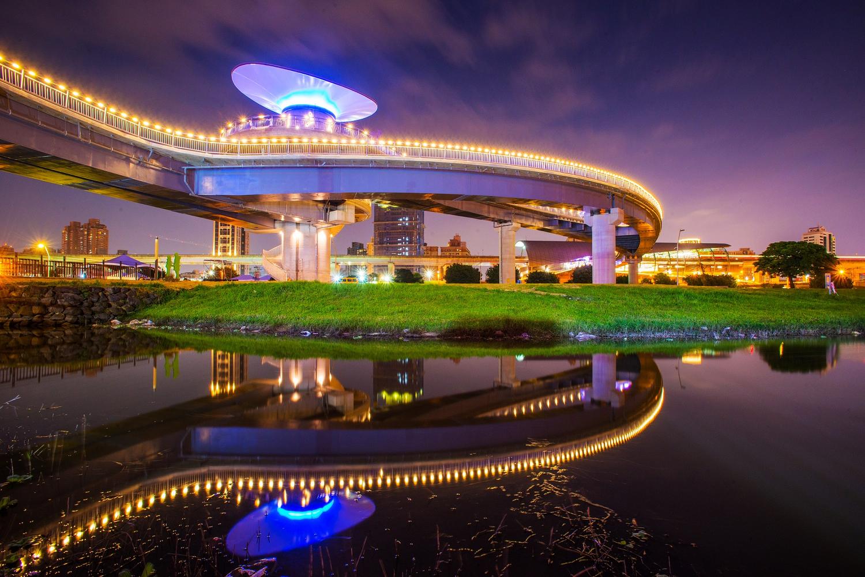 辰光橋夜景 (圖片來源:新北市政府)