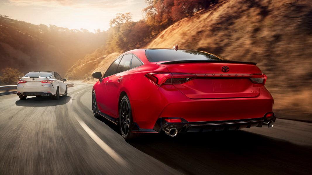 圖/Toyota Avalon TRD搭載3.5升V6自然進氣引擎,可輸出最大301匹馬力、扭矩為267磅-英尺。