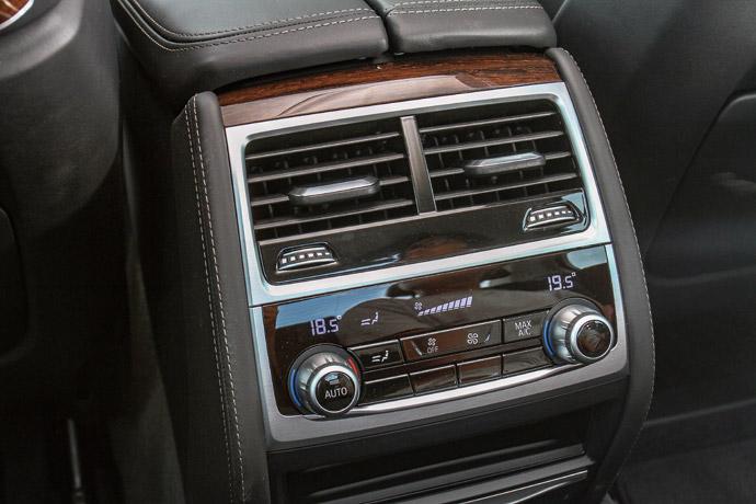 採四區恆溫空調,圖為後座雙區恆溫空調系統。 版權所有/汽車視界